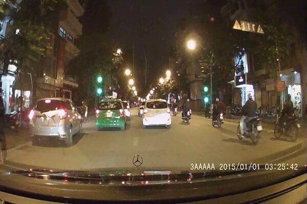 Camera-hanh-trinh-Carcam-x650-Roga-5 (1)