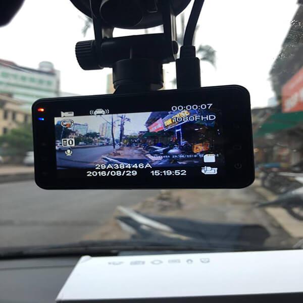 Camera-hanh-trinh-Carcam-x650-Roga-6 (1)