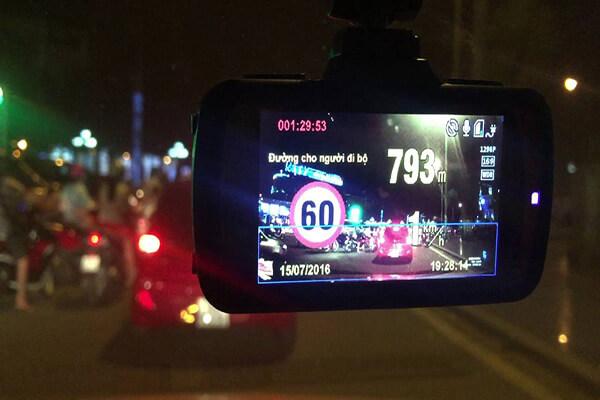 Camera-hanh-trinh-Webvision-13 (1)