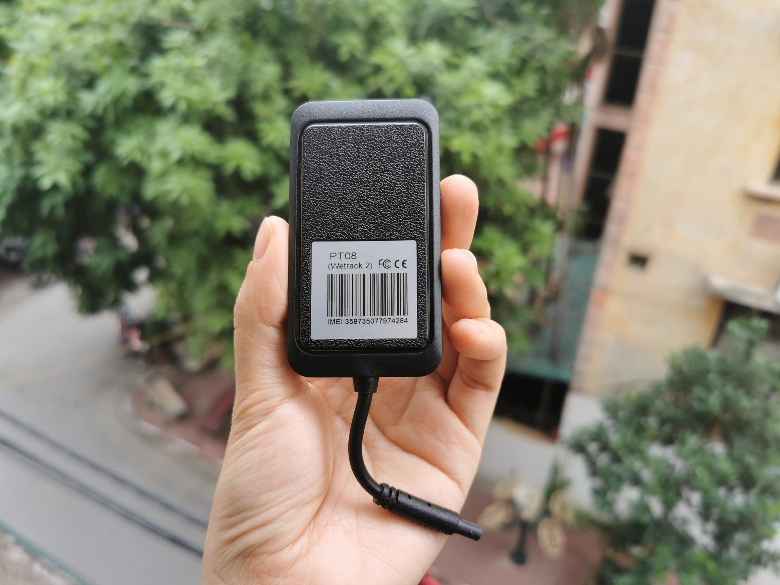 thiết bị định vị ô tô giá rẻ pt08 - wetrack 2