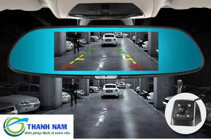 Camera Hành Trình Lx55s được tích hợp camera lùi - hỗ trợ lái xe an toàn tuyệt đối