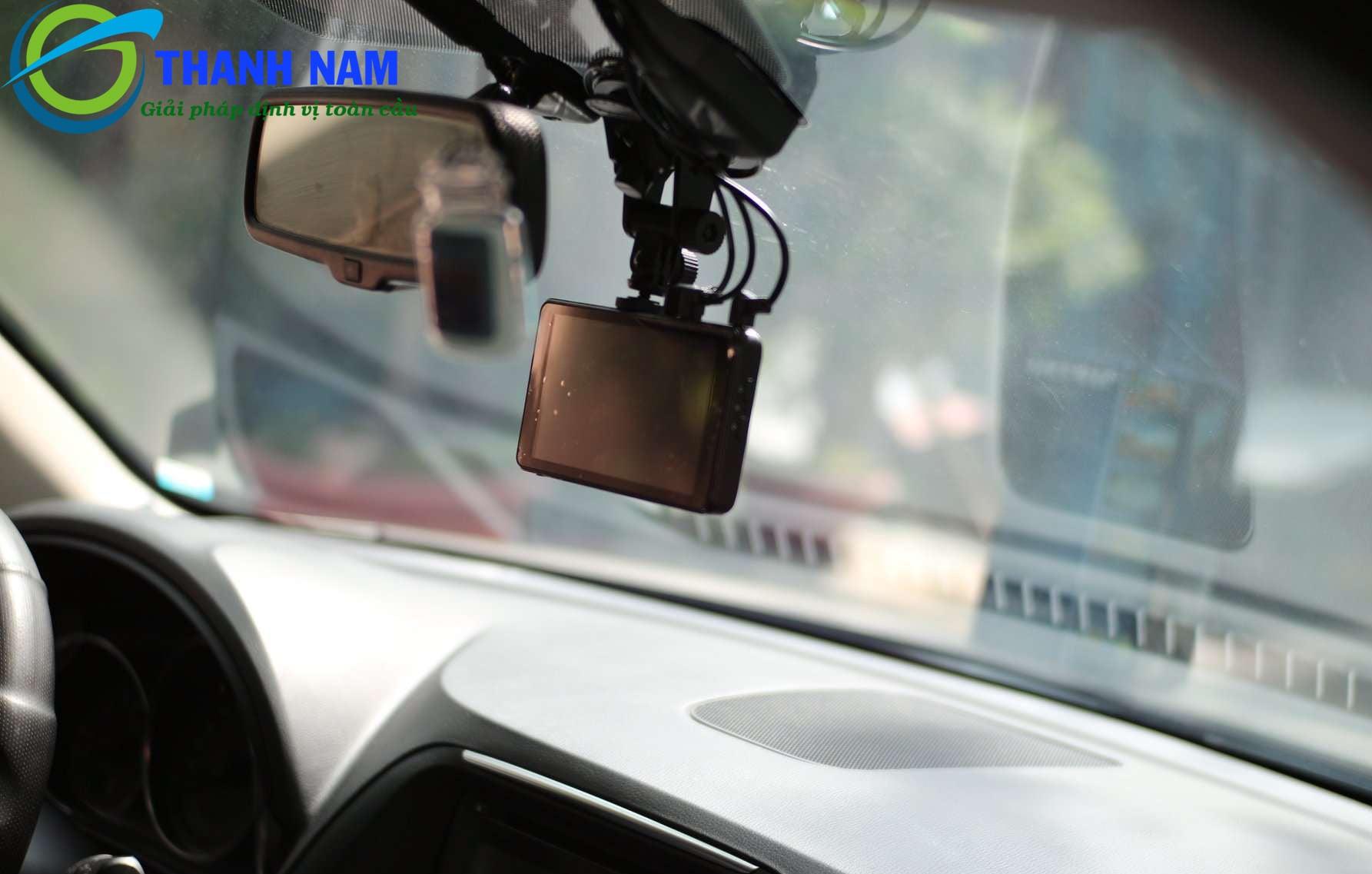 lắp camera hành trình tại hoàn kiếm giá rẻ - bảo hành chính hãng