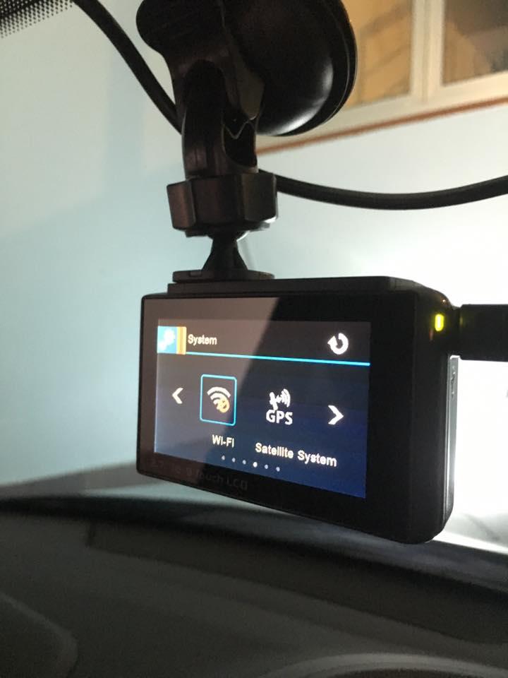 hình ảnh thực tế khi lắp camera hành trình ô tô X5 trên xe hơi của quý khách hàng thành nam gps