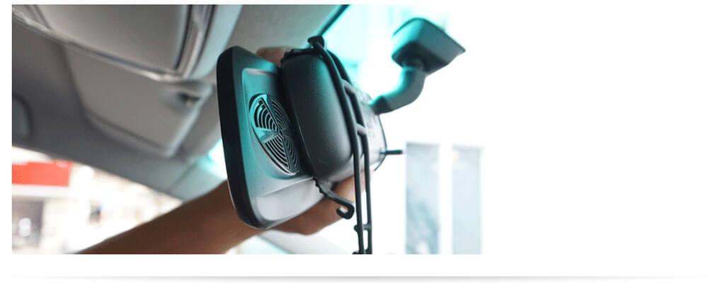 hình ảnh lắp đặt thực tế thiết bị dẫn đường kiêm camera hành trình gương vietmap g79