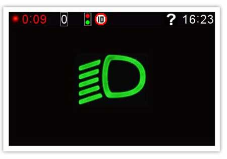 Gosafe 790 sẽ cảnh báo bật đèn khi đi vào khu vực ánh sáng yếu