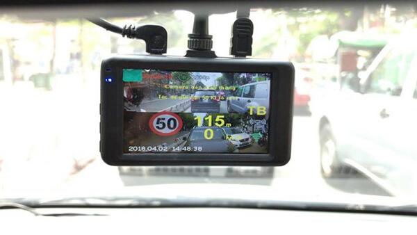 tính năng cảnh báo tốc độ của webvision s8 plus