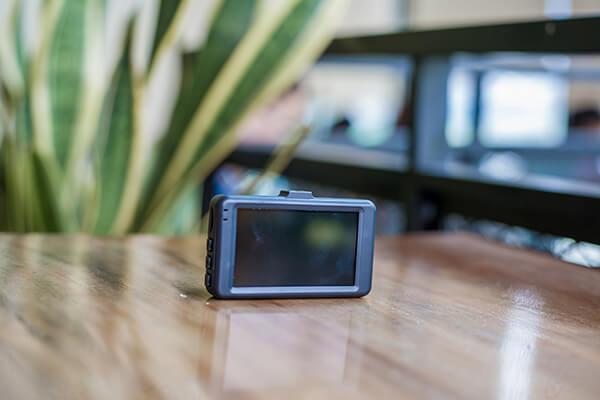 thiết kế tinh tế của cam hành trình xe webvision s8 plus