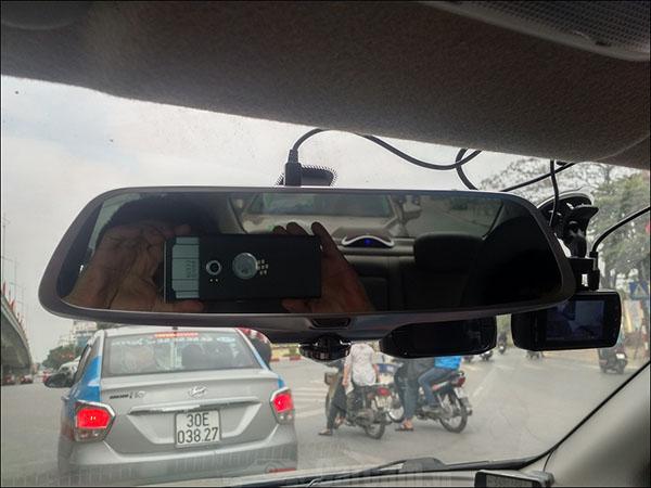 camera-hanh-trinh-guong-360-firstscene-x66-kiem-cam-lui-0