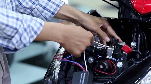 cách tự lắp đặt định vị GPS cho ô tô, xe máy đúng kỹ thuật