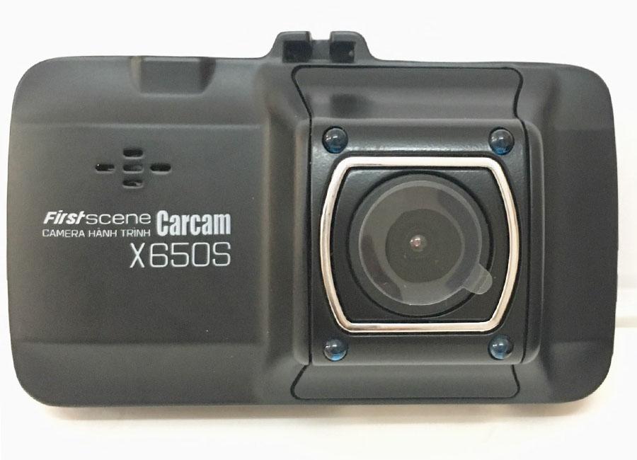 camera hành trình giá rẻ x650s có thiết kế nhỏ gọn và đầy tình tế