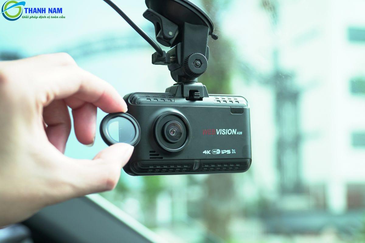 Camera hành trình A28 sử dụng kính lọc CPL