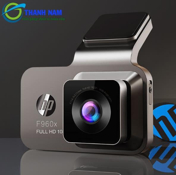 cận cảnh camera hành trình HP F960X