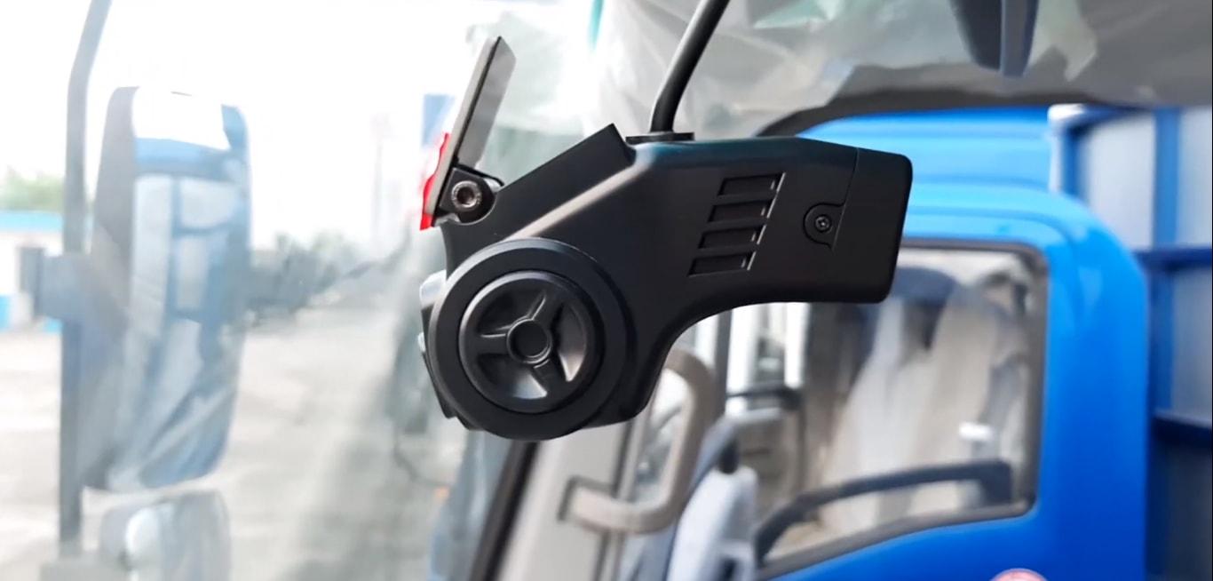 giám sát hành trình xe hiệu quả với navicom dfi20