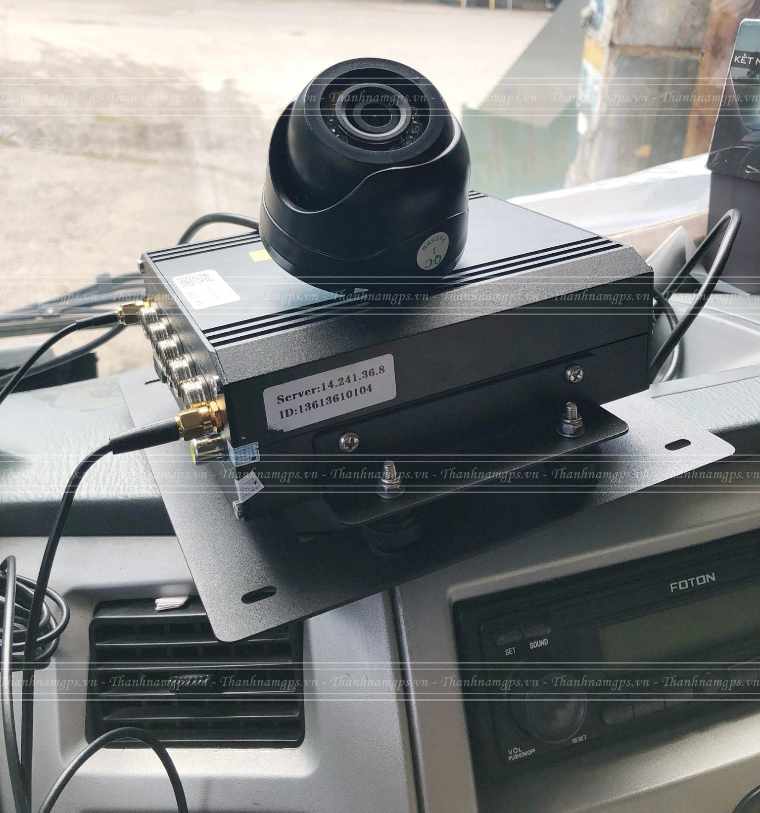 giám sát xe tải thông minh với navicom hf04g