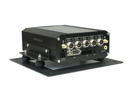 camera hành trình đầu ghi navicom hf04g giám sát trực tuyến từ xa cho xe tải 4 kênh