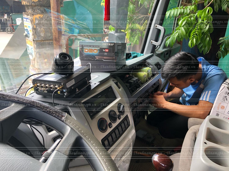 lắp đặt camera hành trình navicom chính hãng tại thành nam gps