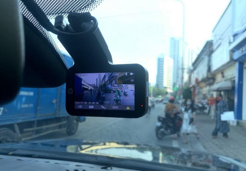camera hành trình ghi hình trước và sau xe full hd