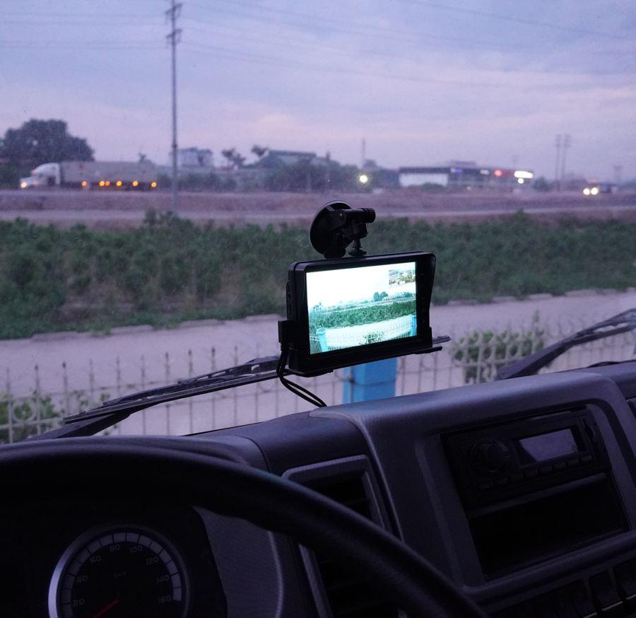 lắp đặt camera giám sát hành trình cho xe đầu kéo, xe tải chính hãng